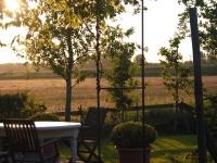 avond zonnetje op het terras